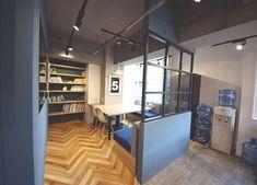 オフィスデザイン実績~ONとOFFの切り替え、広々としたバルコニー空間でメリハリのある働き方を