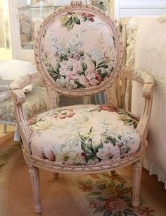 Saw in England & still LOVE it with Colefax & Fowler timeless chintz