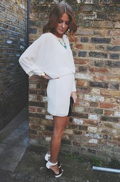 GET THE LOOK DRESS – MISS SELFRIDGE SHOES – SCHUH BAG – ASPINAL NECKLACE – ACCESSORIZE