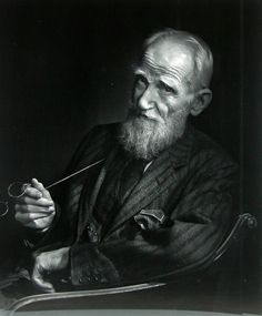 George Bernard Shaw (1856-1950) - Irish playwright and a co-founder of the London School of Economics. Nobel prize Literature 1925. Photo Yousuf Karsh, 1943
