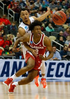 wholesale dealer 91409 6e88c NCAA basketball tournament game between Alabama and Virginia Tech in  Pittsburgh on March 15, 2018