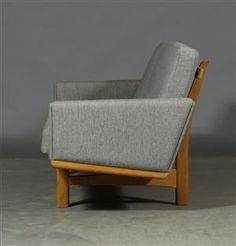 Lot: 3310006 H. J. Wegner. Thre-seater sofa, Getama, model GE-236/3