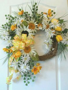 I love easy DIY summer wreaths, don't you? They bring a pop of color and a bit of character to your front door. Here we've gathered 60 Lovely Summer Wreath Design Ideas and Remodel hopes of getting you into the crafty spirit! Wreaths For Sale, Easter Wreaths, Holiday Wreaths, Door Wreaths, Wreath Crafts, Diy Wreath, Grapevine Wreath, Wreath Ideas, Sunflower Wreaths