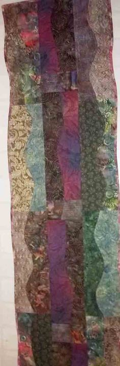 Curved Runner - Buy or Commission One! Quilts Online, Quilts For Sale, Bed Runner, Quilt Making, Runners, Blanket, Table, Stuff To Buy, Color