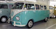 Kombi 1961 foi restaurada com acessórios originais: destaque para janelas…