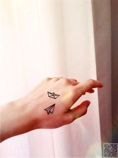 Small Paper Boat and Airplane - 44 Dainty and Feminine Tattoos . Mini Tattoos, Dainty Tattoos, Feminine Tattoos, Fake Tattoos, Little Tattoos, Body Art Tattoos, Tatoos, Temporary Tattoos, Origami Tattoo
