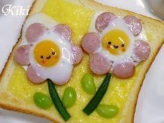 Sausage egg flower toast