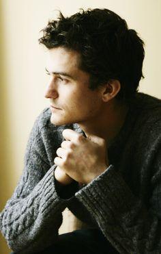 Orlando Bloom. Me encanta, en invierno, ver a los chicos en un ambiente informal, llevando un gordo jersey de lana