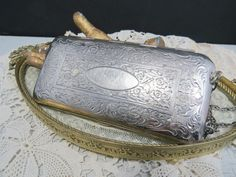 Silver Compact Dance Purse with Chain Coin Holder Compact, Vintage Purses, Antique Items, Evening Bags, Messenger Bag, Fashion Accessories, Unique Jewelry, Dance, Chain