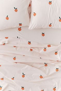 Allover Peaches Sheet Set