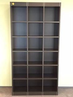 Pastoe wandkast- boekenkast - open kast 18 vaks   THO