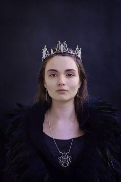 Elven circlet - Shadow Moon crown, gothic headdress, fantasy bridal tiara, fairy princess circlet, witchy crown, wedding wreath