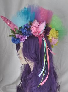 rainbow unicorn headpiece colorful ribbons and flowers with tulle fabric Diy Unicorn, Unicorn Crafts, Rainbow Unicorn, Unicorn Birthday, Unicorn Party, Unicorn Dress, Birthday Kids, Birthday Shirts, Unicorn Halloween Costume