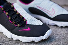 557224930b885 Nike Air Footscape Motion  Black Bright Magenta  Magenta
