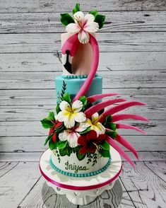 More decorating ideas on albums: Flamingo Party 1 Flamingo Party 3 Flamingo Party, Flamingo Cake, Flamingo Birthday, 40th Birthday, Pretty Cakes, Cute Cakes, Beautiful Cakes, Wedding Sweets, Wedding Cakes