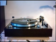 https://flic.kr/p/dZnjVi | Analogue On Analogue | ...... This is my Thorens TD 160 MK II record-player. To it's 30th birthday  I gave it a complete overhaul and new self made wooden plinth with a bog-oak veneer.......                               _ _ _ _ _ _ _  Mamiya 645 Pro Sekor C 1,9/80 Fuji Pro400H Canon 9000F