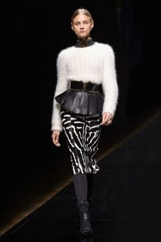 """The mix of textures, patterns and proportions in the Balmain show was an absolute dream - such a fresh take on safari dressing."" #rzfw #pfw"