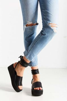 Intentionally Blank Alex Platform Sandal - Urban Outfitters