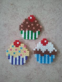Of course I have made some cupcakes perler beads ;)