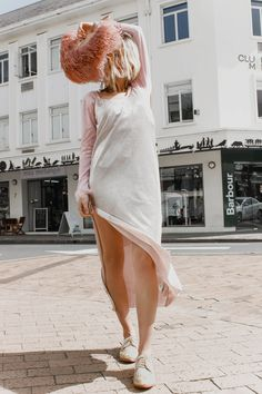 Feather Let Me Go 🦩🦢🦚 - Abstract Fashion Slow Fashion, Ethical Fashion, Ostrich Feathers, Spring Shoes, Leather Tassel, Sustainable Fashion, African Fashion, Clutch Bag, Feminine
