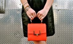 Love this bag-- great pop of color!