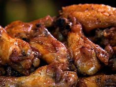 Pat's Famous Hot Wings Recipe : Patrick and Gina Neely : Food Network.the best hot sauce! I can eat it on anything! Blue Cheese Dipping Sauce, Food Network Recipes, Cooking Recipes, Gf Recipes, Pizza Recipes, Crockpot Recipes, Frango Chicken, Chicken Wing Recipes, Sandwiches
