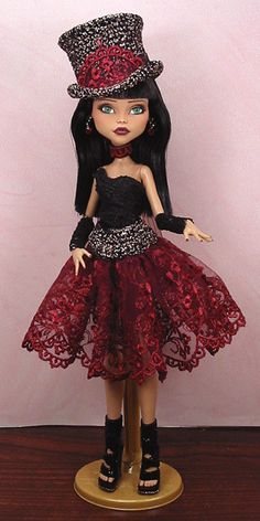 Faine - OOAK 1/6 Cleo De Nile Monster High Custom Dressed Repaint by Ellen | eBay