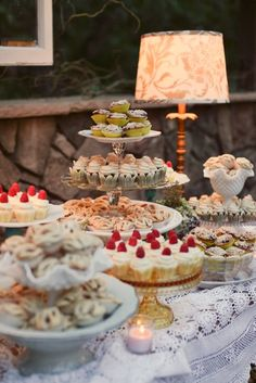 dessert table | Piccoli Elfi