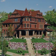 gorgeous haunted house