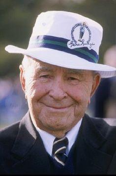 Gene Sarazen, Us Open Golf, Famous Golfers, Golf Images, Lpga Tour, British Open, Masters Golf, Vintage Golf, Golf Player