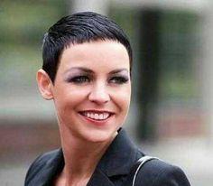 Zwart haar in 10 verschillende stoere korte kapsels! We love it!!! - Kapsels voor haar