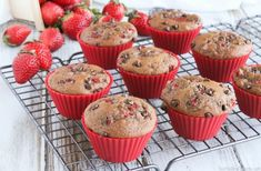 These Double Chocolate Muffins are loaded with rich chocolate flavor and juicy strawberries! So decadent, yet full of whole grains and so much lower in fat! Double Chocolate Muffins, Mini Chocolate Chips, Chocolate Flavors, Valentines Healthy Snacks, Healthy Treats, Healthy Recipes, Muffin Recipes, Baking Recipes, Cocoa Fruit