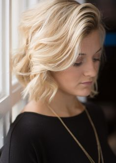 Short Hair Curls Tutorial Headband - how to curl short/medium hair tutorial – all things regan Short Hair Waves, How To Curl Short Hair, Wavy Hair, Short Hair Cuts, Short Curls, Short Curled Hair, Curling Short Hair, Emo Hair, Short Wavy