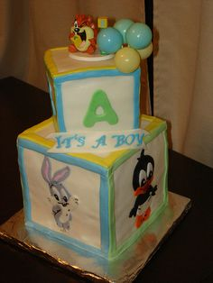 baby looney tunes baby shower cake - OK not a nursery must have but darn its so flippin' cute!