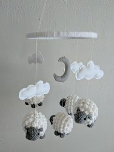 First time making amigurumi. I made this sheep baby mobile for my cousin! - Before After DIY Crochet Baby Mobiles, Crochet Mobile, Crochet Baby Toys, Crochet Doll Tutorial, Crochet Headband Pattern, Crochet Sheep, Diy Crochet, Crochet Animal Patterns, Crochet Blanket Patterns