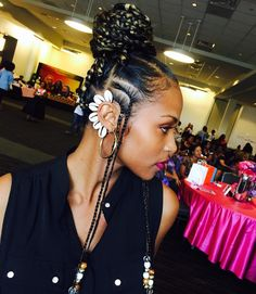 Fulani Braid Love: Us too! But we're going to stop you right there and insist you call them what they really are – Fulani braids. Not Alicia Keys braids Box Braids Hairstyles, My Hairstyle, African Hairstyles, Dreadlock Hairstyles, Hair Updo, Wedding Hairstyles, Hot Hair Styles, Curly Hair Styles, Natural Hair Styles