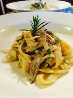 Porcini with fresh tagliatelle and zucchini