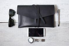 MacBook Air 11 leather case with monogram personalization por viveo, $75.00