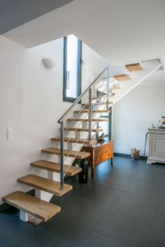 Small Spaces, Stairs, Home Decor, Small Space, Home Decoration, Stairway, Decoration Home, Room Decor, Staircases