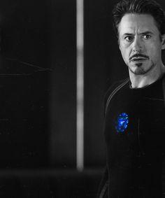Robert Downey Jr (Tony Stark dans Iron man)