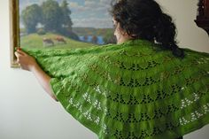 Snow Drops & Snap Peas Shawl Knitting pattern by Kirsten Kapur Stitch Patterns, Knitting Patterns, Bridesmaid Shawl, Knitted Poncho, Knitted Scarves, Version Francaise, Snap Peas, Stockinette, Drops Design