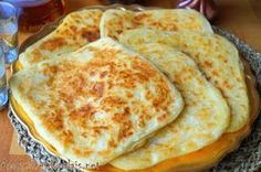 Msemen Msemmen Rghaif or Meloui these delicious Berber pancake crêpes very popular in the Maghreb Moroccan Bread, Moroccan Dishes, Puff Pancake, Crepes And Waffles, Algerian Recipes, Iftar, Dough Recipe, Empanadas, Food And Drink