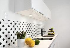 Oświetlenie punktowe w ślepej kuchni