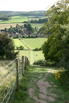 Turville, from Cobstone Hill (Vicar of Dibley village), Buckinghamshire