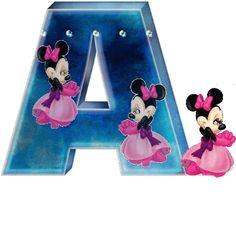 Alfabeto animado de Minnie con vestido de noche.