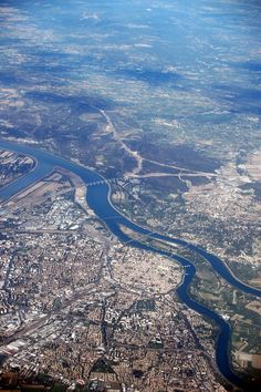 Avignon vue du ciel, France