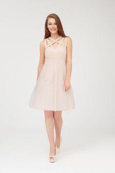 a283c989e Pin uživatele Šaty ČB na nástěnce Růžové šaty s krajkou | Šaty, Krajka a  Růžová