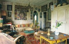 Moon to Moon: The Beautiful Tangiers Home of... Umberto Pasti