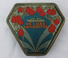 Vintage Mackintosh's De Luxe Favourites toffee tin by Tinternet