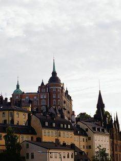 I just saw these pictures of the Stockholm home of artist/illustrator Mats Gustafson over at seventeendoors , and just had to grab them, too. Places In Europe, Places To Travel, Places To See, Places Ive Been, Most Beautiful Cities, Beautiful Buildings, Wonderful Places, Helsinki, Mats Gustafson